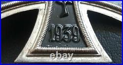 8909 German Iron Cross First Class medal post WW2 1957 pattern maker DEUMER