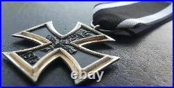 9361 German WW1 Iron Cross II. Class medal Eisernes Kreuz magnetic core