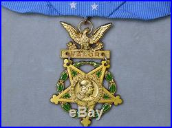Cased US Medal WW2 WW1 Medal Badge Army Order of Medal Honor of Army Rare