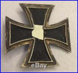 Original German World War 2 Iron Cross Medal Dated 1939