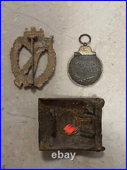 Original german ww2 set of Infantry badge belt buckle eastern fr medal relics