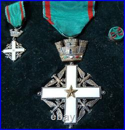 Post Ww2 Italian Republic Order Of Merit Cased Medal Set Knight Grade Pacchiotti