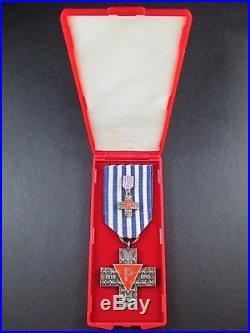 Scarce Ww2 Jewish Auschwitz Holocaust Concentration Death Camp Survivor Medal