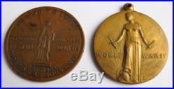 United States World War 1 Souvenir Medal & World War 11 Victory Medal