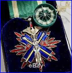 WW2 Nice 4th 5th Class ORDER of GOLDEN KITE MEDAL STERLING SILVER JAPANESE JAPAN
