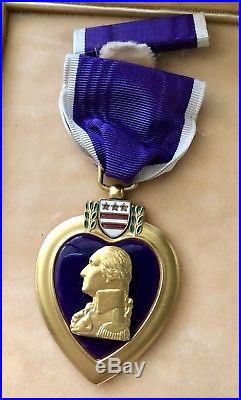 WW2 PURPLE HEART Medal & Case, Enameled center