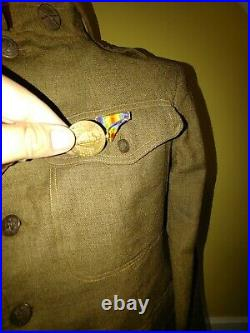 WWI WW1 US Army tunic and cap 1917 wound stripe uniform lot Victory medal discs